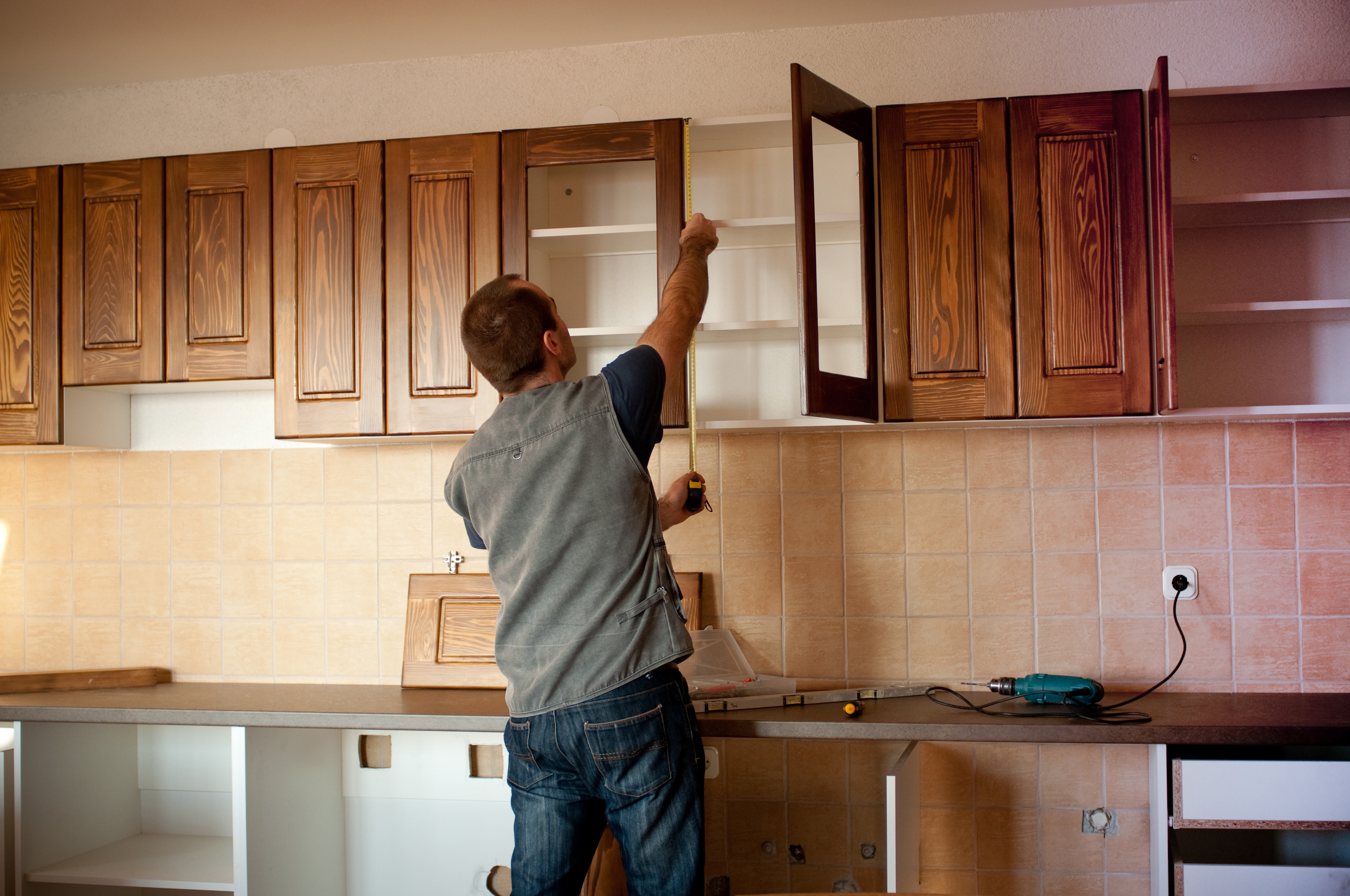 How Handyman is The Best Alternative of a Professional House Painter
