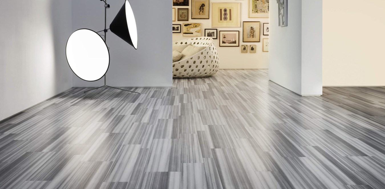 Professional Cleaning Of Tiles And Grouts Restores Original Lustre