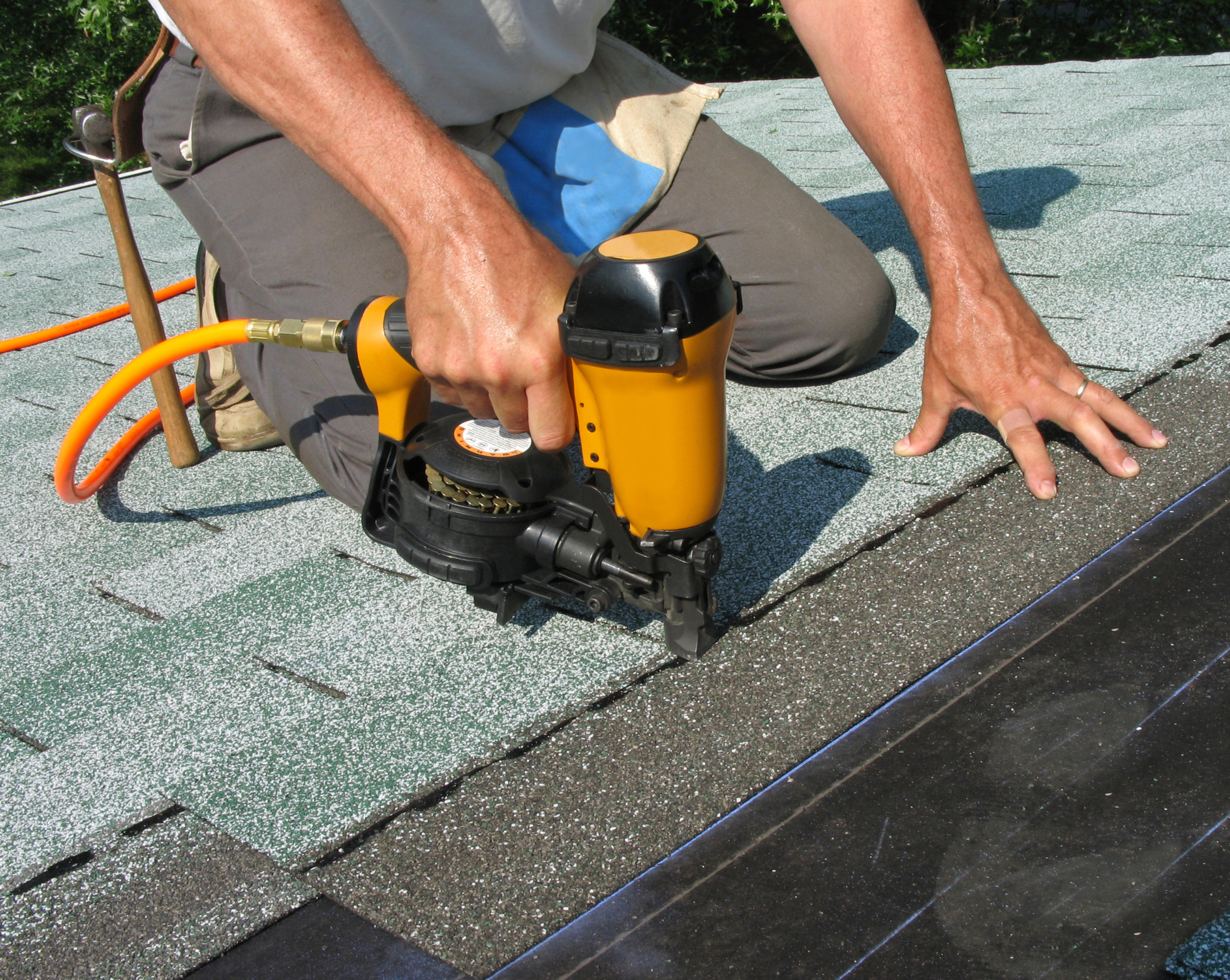Why Should You Think About Installing Solar Panels on Your Home Roof?