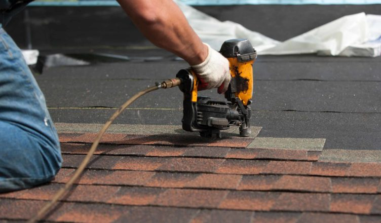 Your Safety With The Best Rockford Roofing Contractors